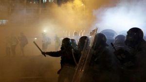 Çin'den Hong Kong'a askeri müdahale iması!