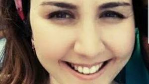 Genç kadın şizofren abisi tarafından öldürüldü