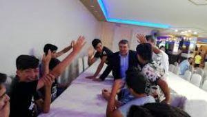 Makam aracını satan AK Partili Başkan, 12 bin öğrenciye yardımda bulunacak