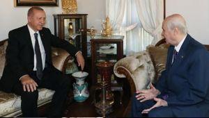 Cumhurbaşkanı Erdoğan , Bahçeli' yi evinde ziyaret etti