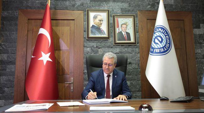 """Ege Üniversitesinden """"Barış Pınarı Harekatı""""na destek"""