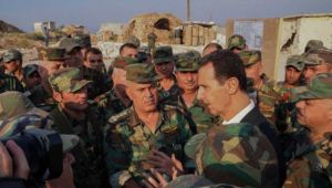 Esad İdlib'de askerlerini ziyaret etti!