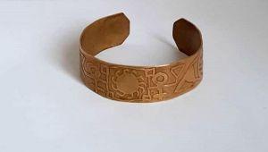 Antik çağa ait altın bileziği satarken suçüstü yakalandı