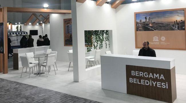 Travel Turkey'de Bergama da var