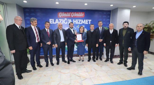 ABDÜL BATUR ELAZIĞ'DA