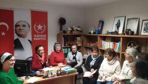 İzmir'in Öncü kadınları tarihi fırsat için görev başında
