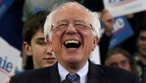 ABD'deki ön seçimde Sanders kazandı