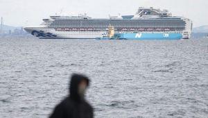 Japonya'da karantina altındaki gemide son durum