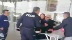 Polisten yaşlı adama İçişleri Bakanı'nı kızdıracak