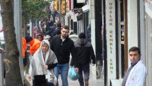 Fatih ve Esenler'de caddeler doldu