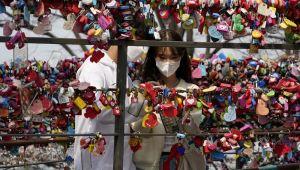 Güney Kore'de coronayı yenen 51 kişi yeniden hastalandı