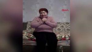 Ukrayna'da yaşlı kadın af diledi
