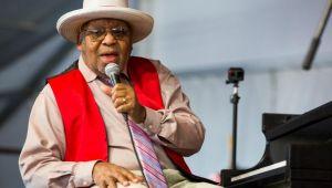 Ünlü caz şarkıcısı hayatını kaybetti