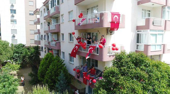 19 MAYIS'I 'APARTMAN FESTİVALİ' İLE KUTLADILAR