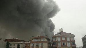 Avcılar'da fabrikada yangın