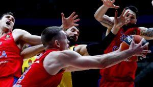 CSKA Moskova'da iki ayrılık