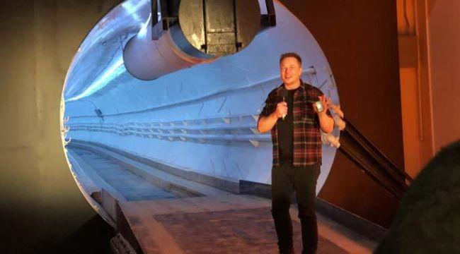 Elon Musk tweet attı,14 milyar dolar kaybetti