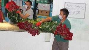 Koronavirüs, çiçekçileri fena vurdu