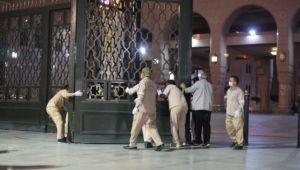 Mescid-i Nebevi'de 74 gün sonra sabah namazı