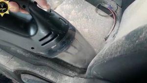 Polisten kaçıp eroini aracın içine saçtı