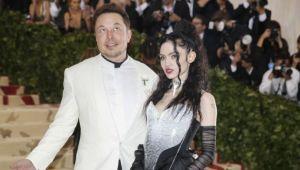 Şarkıcı Grimes, 10 milyon dolara 'ruhunu' satacak