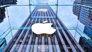Apple yine zirvede