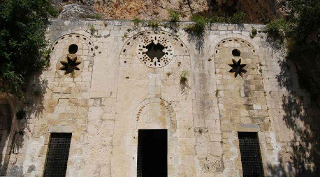 Dünyanın ilk mağara kilisesi