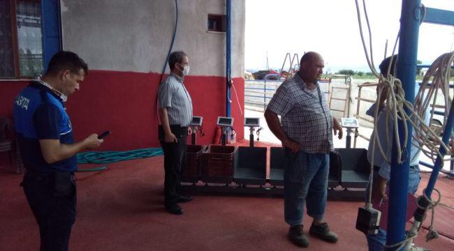 BERGAMA'DA KURBAN KESİM YERLERİ DENETLENDİ