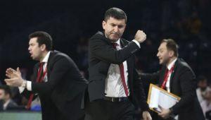 Ertuğrul Erdoğan, Galatasaray'da devam edeceğini duyurdu