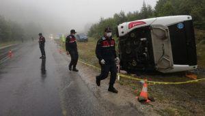 Kastamonu'da yolcu otobüsü devrildi