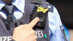 Almanya'da vücut kamerası ile devriye dönemi