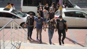 Kocaeli'de uyuşturucu satıcılarına operasyon