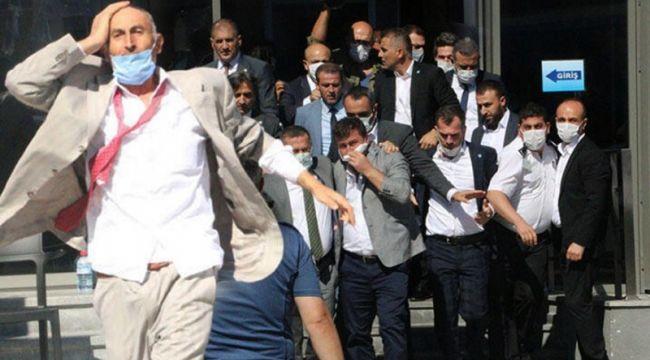 İYİ Parti Genel Merkez'de kavga!