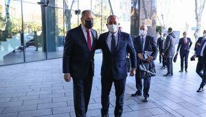 Bakan Çavuşoğlu mevkidaşı Lavrov'la görüştü