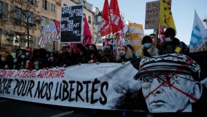 Fransa, hükümet güvenlik yasasında geri adım attı