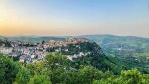 İtalya'da evler 1 Euro'dan satışa çıktı