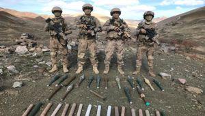 Van'da teröristlere ait roketatar mühimmatı ele geçirildi