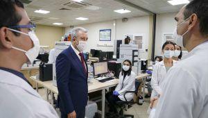 """Ege Üniversitesinde """"Aşı Geliştirme Uygulama ve Araştırma Merkezi"""" kuruldu"""