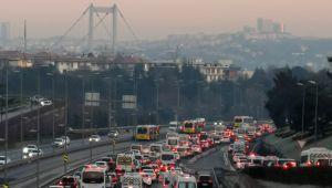 Kısıtlama sonrası İstanbul'da trafik yoğunluğu oluştu