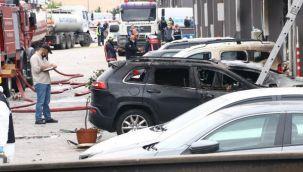 Ankara'daki yangında 20'den fazla iş yeri ile 14 araç zarar gördü