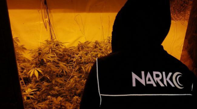 Çankırı'da 2.7 kilogram esrar ele geçirildi
