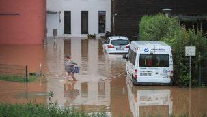 Almanya'da sel felaketi: 30 kişi kayıp