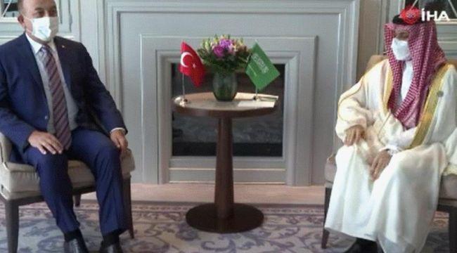 Bakan Çavuşoğlu, Suudi mevkidaşı Al-Suud ile görüştü