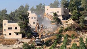 İsrail güçleri Filistinlilerin evlerini yıktı