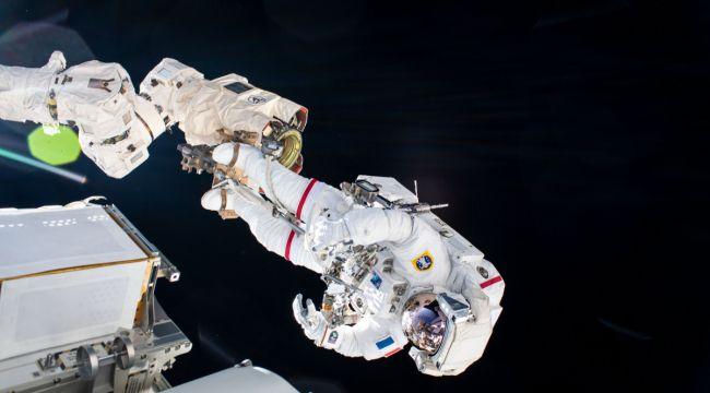 NASA'DAN, UZAY YÜRÜŞÜNÜ ERTELEME KARARI