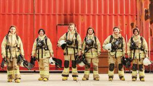Ateşin kızları! Her yerde yardıma koşuyor