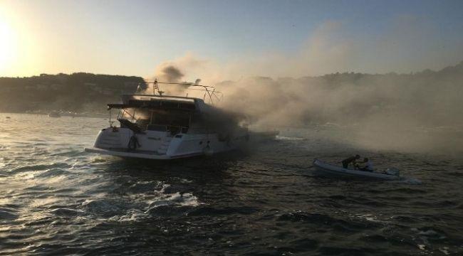 Bebek'te tekne yangını