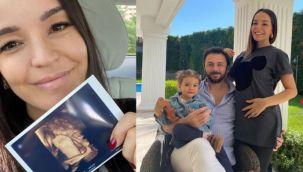 Ünlü Şarkıcı Bengü 7 Aylık Bebeğinin Ultrason Makinesine Yansıyan Görüntülerini Paylaştı