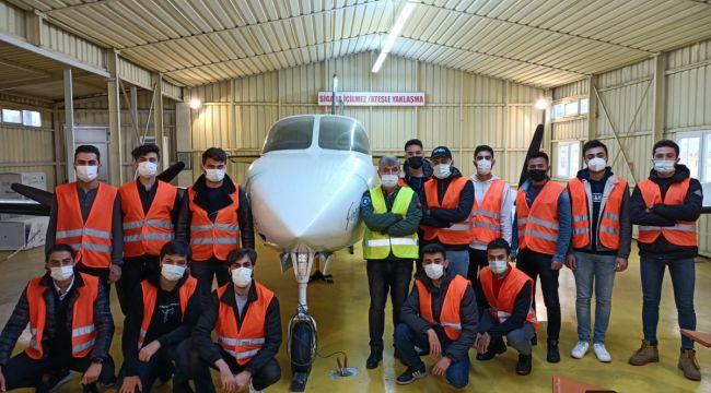 Havacılık eğitimlerini tamamladılar