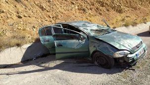 Malatya'da takla atan aracın sürücüsü yaralandı